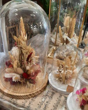 cloches fleurs séchées et stabilisées