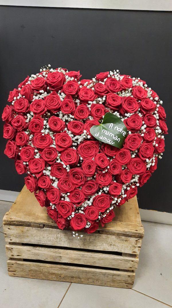 Cœur en fleurs naturelles